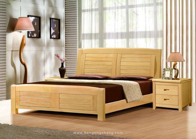 原木色床装修搭配