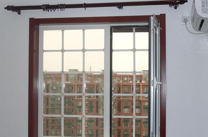 复合防盗窗
