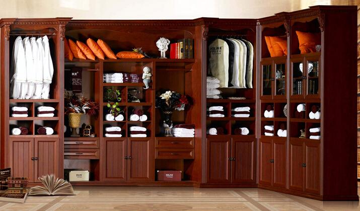 索菲亚整体衣柜
