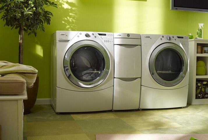 干洗店清洗衣物是怎样清洗的呢?你不知道的干洗小原理~