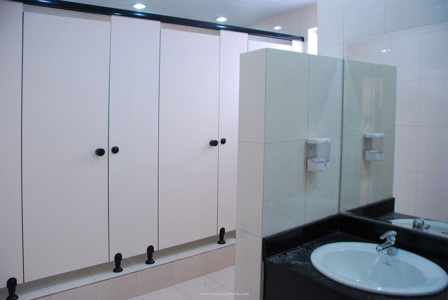卫生间隔断验收标准_卫生间隔断品牌哪个好 卫生间隔断品牌如何选择