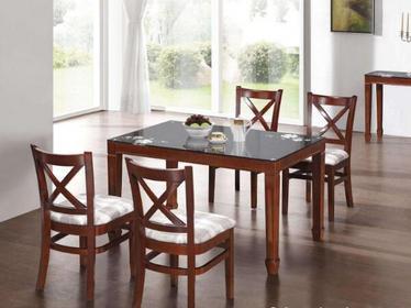 家用实木餐桌椅价格是多少