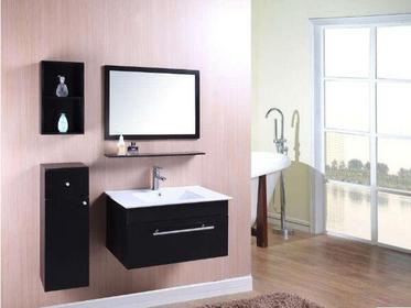 浴室柜橡木好还是pvc好