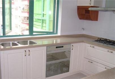整体厨房台面的养护方法