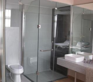 浴室玻璃门价格是多少 浴室玻璃门价格贵吗