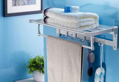 浴室毛巾架什么材质好