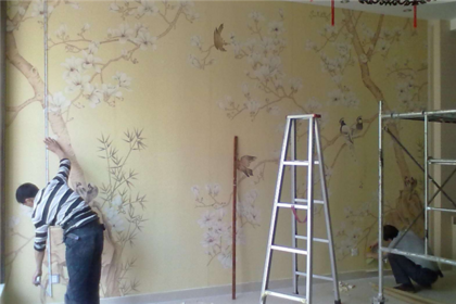 墙纸怎么贴好 墙纸用什么胶水贴