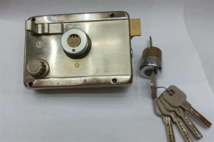 房间门锁怎么拆 球形门锁怎么拆