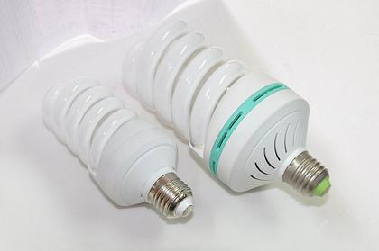 节能灯闪烁是什么原因导致的