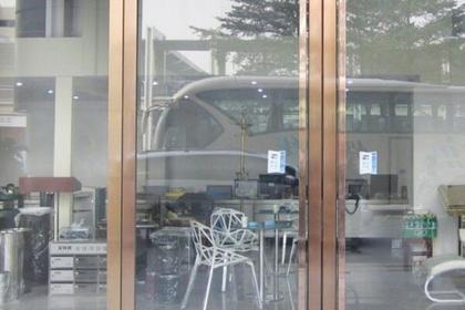 无框玻璃门的安装方法 无框玻璃门如何安装