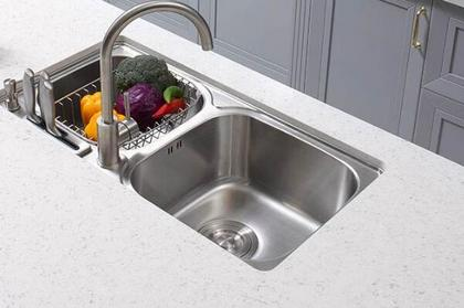 厨房台面用什么材料好 厨房台面高度是多少