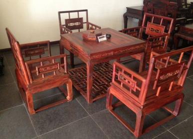 实木餐桌椅价格解析 实木餐桌哪个品牌好