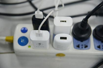 不怕插座多,就怕没插座!你家的插座够用吗?