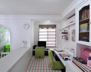 小户型卧室和客厅隔断装修效果图