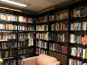 日式个性多功能书房装修效果图
