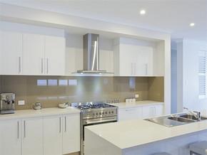 现代日式6平方米厨房装修效果图
