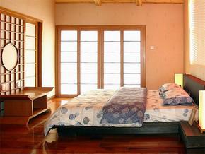 日式复古实木卧室装修样板房
