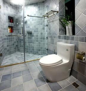 小型浴室装修效果图