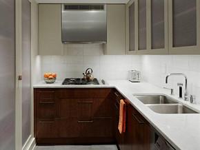 现代风格小厨房装修设计效果图