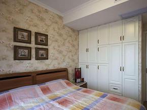 欧式田园风格卧室衣柜装修效果图