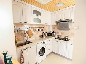 小户型白色田园风格厨房装修效果图