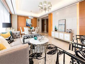 170平美式风格客厅吊顶装修
